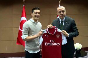 Mesut-Özil-Erdogan-701x464